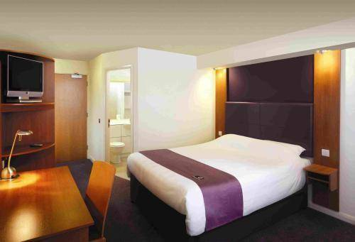 Premier Inn Coventry City Centre (Belgrade Plaza)