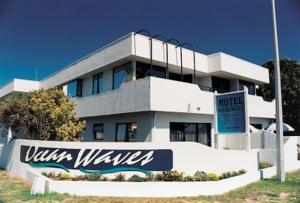 Ocean Waves Hotel  Motels  Mount Maunganui