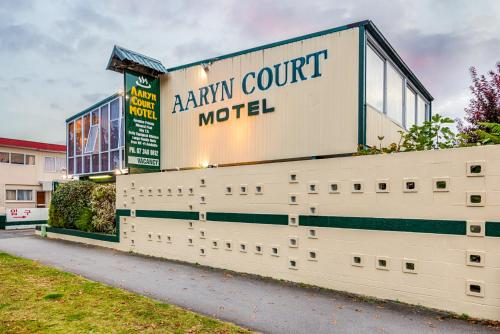 Aaryn Court Motel