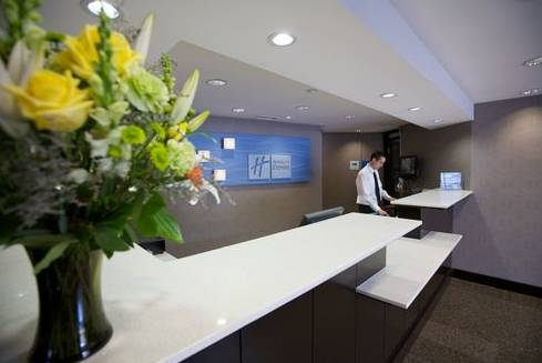 Holiday Inn Express Hotel & Suites San Diego Airport - Old Town
