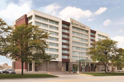 Hyatt Place Chicago O
