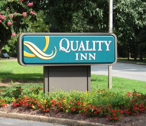 Quality Inn Lake Park Hotel  Hotels